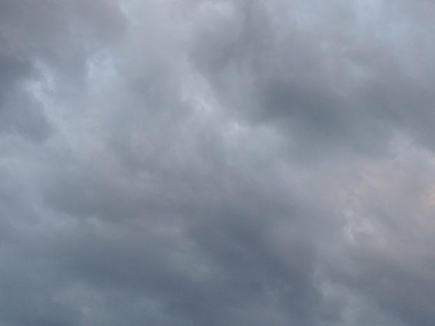 曇天の空模様
